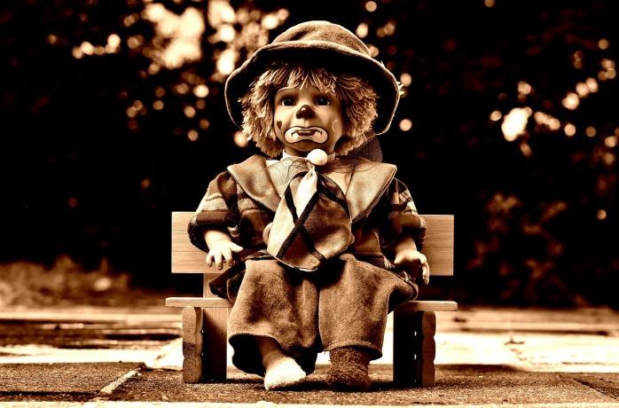 doll-1819915_1280